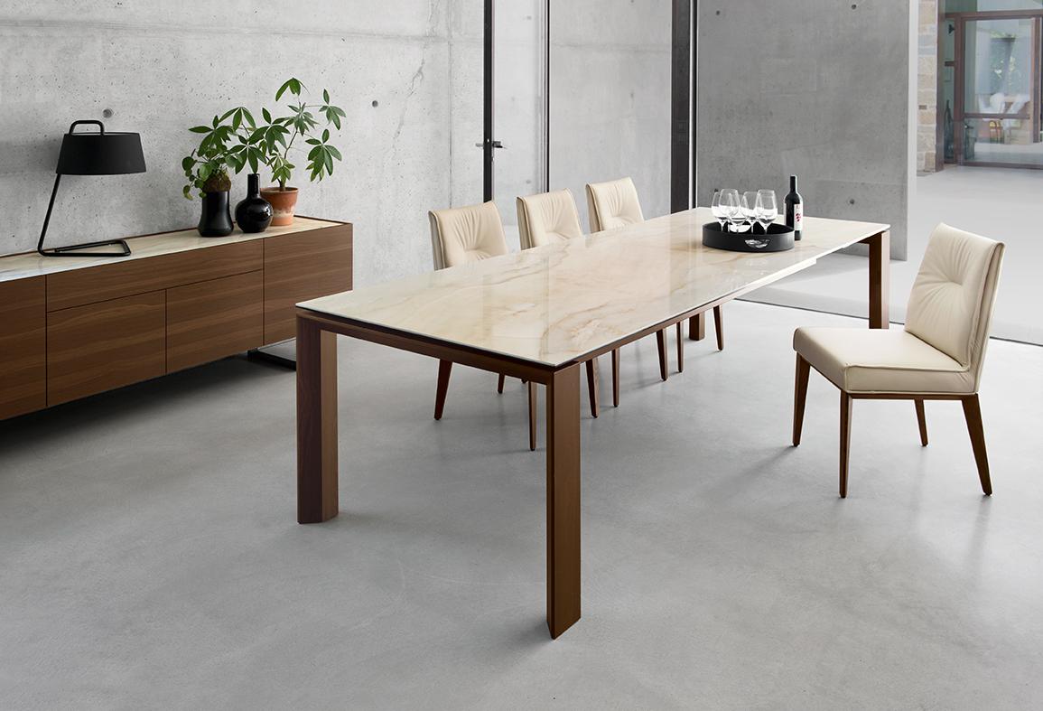 カリガリス PANENTE テーブル